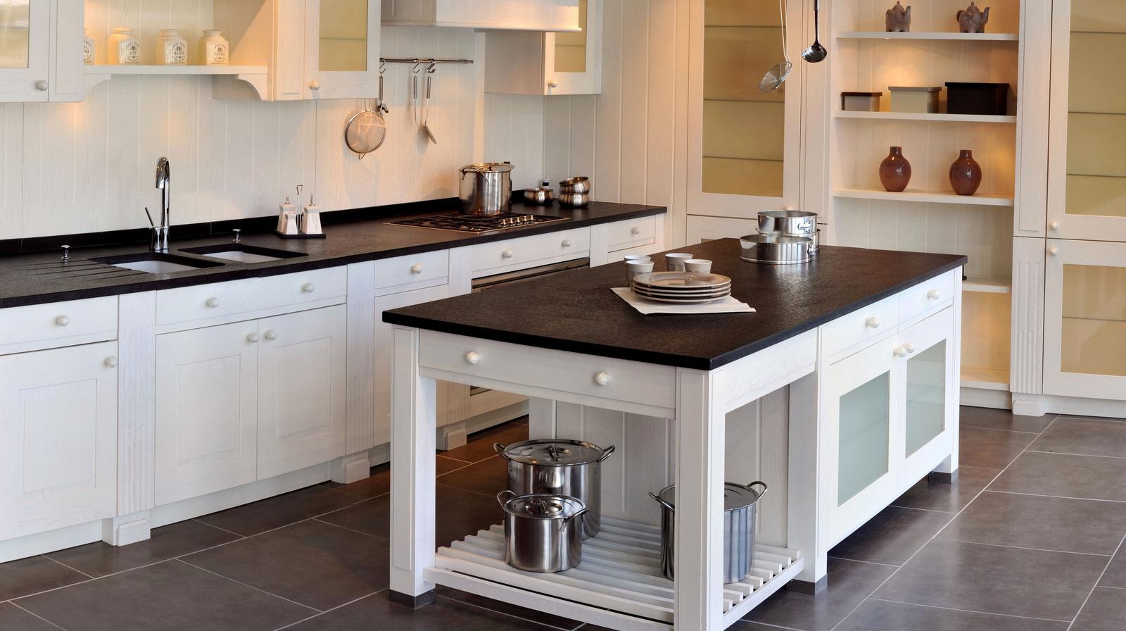 Keukens en badkamers Minderhout   Sven Goeman